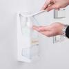 דיספנסר לסבון חיטוי ידיים בפעולה